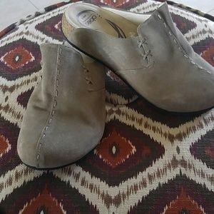 70 Off Abeo Shoes Abeo Sandal Brynn Lite Tan Neutral