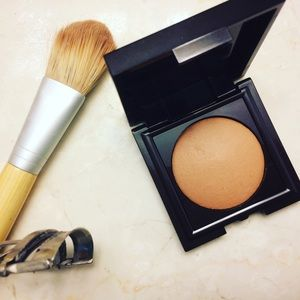 SALE Laura Mercier Matte Radience Baked Powder