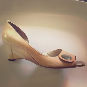 Shoes - Nude ombré peep toe wedges