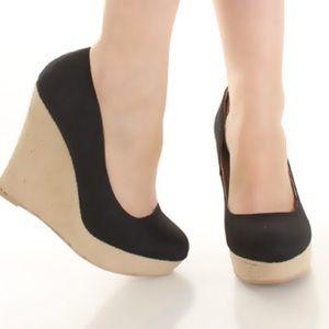 10.Deep Shoes - Black canvas Espadrille Wedge🌺CLOSET CLEAROUT🌺