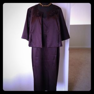 Robbie Bee Dresses & Skirts - Chocolate brown scoop neck dress w/matching jacket