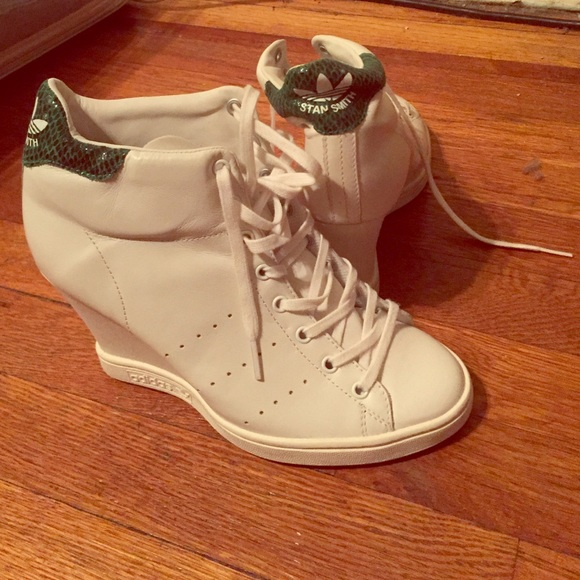 pick up 35e34 b63e5 Special edition Adidas Stan Smith wedge sneakers NWT