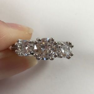 Jewelry - 1.5 carat 925 Sterling Silver Plated Ring