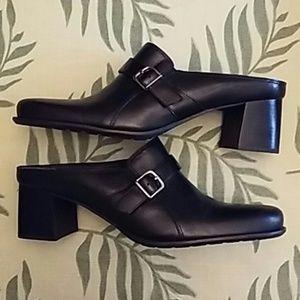 Naturalizer Shoes - Price Drop-Naturalizer Clogs