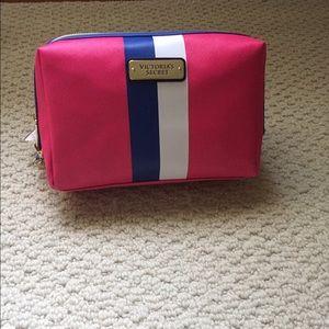 Victoria's Secret makeup bag - BNWT
