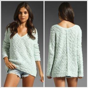 Free People v-neck sweater size medium