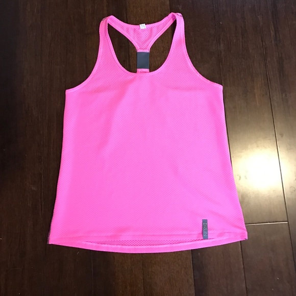 fbe3f37d11bc25 Under Armour Fly-By Mesh Tank Top. M 58164fa199086a96bd0cfcd4