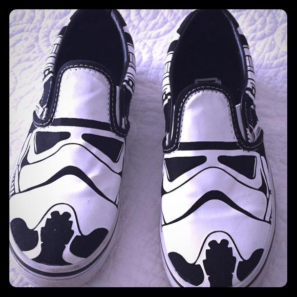 59a931ac7a Star Wars Stormtroopers Vans kids 1.5 EUC. M 581650db620ff77170016f26