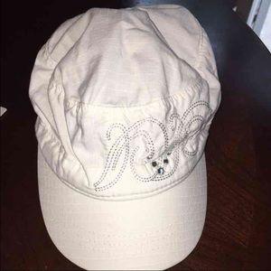 Callaway Accessories - Almost new women's Callaway golf hat
