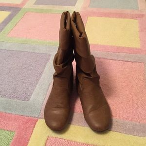 Soda Other - Soda size 4 girls tan fashion slouch boots