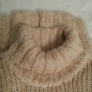 Relativity Sweaters - *FINAL PRICE* NWOT Super Soft Sweater, COZY!