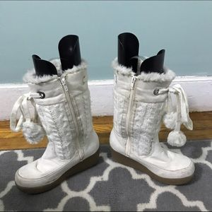 Shoes - White knit wedge heel boots size 7