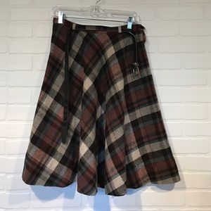 Vintage brown plaid full skirt w/matching belt