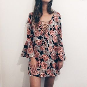 [blu moon] • [floral lace-up tunic dress]