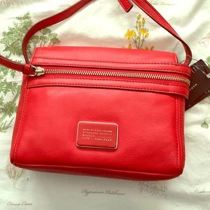 Marc by Marc Jacobs Handbags - Marc by Marc Jacobs Cambridge Red Crossbody