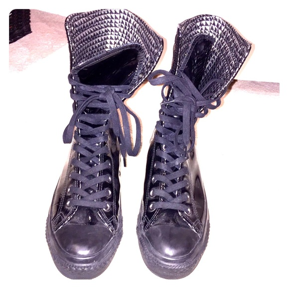 86fe518625e1ed Converse Lace Up Patent Leather Combat Sneakers