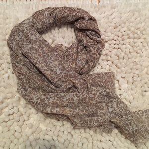 Leopard print scarf-The Gap