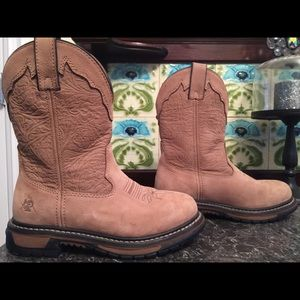 Rocky Shoes - Rocky Light Brown Suede Boot with design