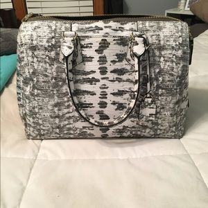 Authentic Henri Bendel satchel