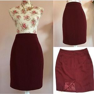 European Culture Dresses & Skirts - Europa Elegant Pencil Skirt ❤️