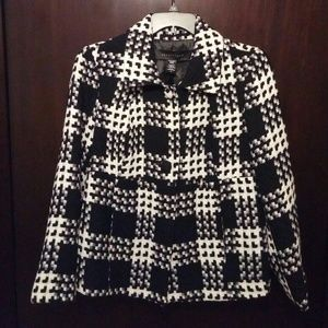 Apostrophe Jackets & Blazers - Super Cute Black and White Apostrophe Jacket