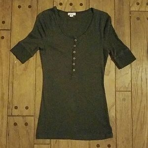 Zenana Outfitters Tops - 🌟SALE🌟 3/4 sleeve dark grey shirt