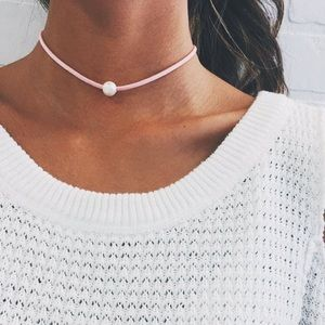 Single Pearl Pink Suede Choker