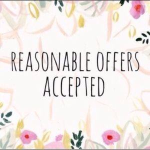 All Reasonable Offers Accepted! 💕🌸😊