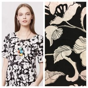 Anthropologie/Maeve black and white Floral top