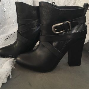 Belle by Sigerson Morrison Shoes - Black Booties