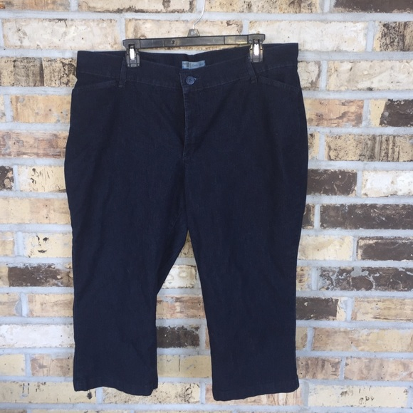 Lee - Lee Riders Size 18 Capri pants from Jessica's closet on Poshmark