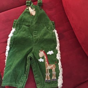 Happy Mama Boutique Other - Boys 18 mos green corduroy bib overalls giraffe