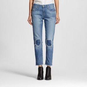 Mossimo boyfriend crop jeans with frayed hem