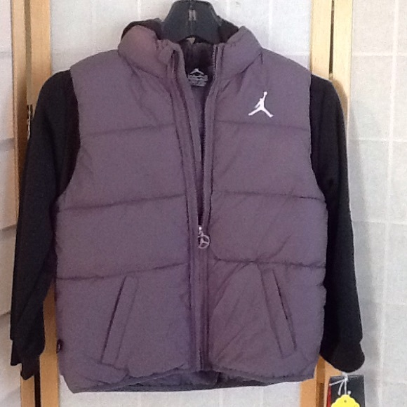 wide selection of colours and designs shop for original superior materials Jordan Winter Jacket Boys Grey NWT NWT