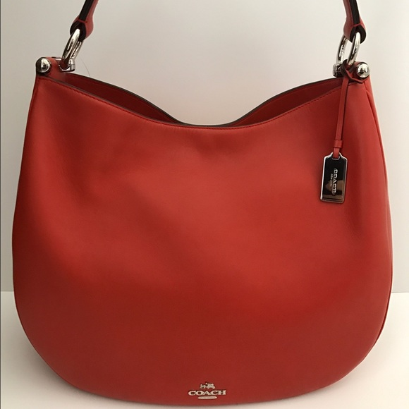 12878f21c5e4 NWT Coach Glovetanned Leather Nomad Hobo F36026