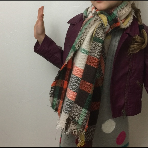 Kay James Boutique Other - HOST PICK💃🏻 NEW kids Plaid scarf