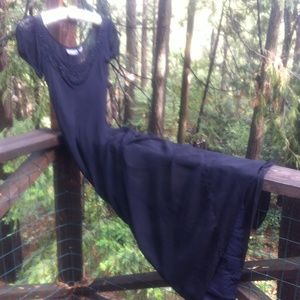 Nostalgia Dresses & Skirts - Elegant long dress in black