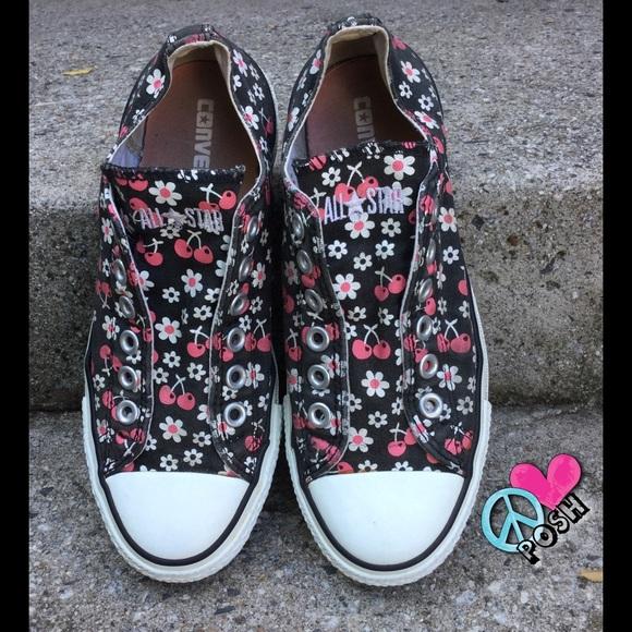 62dac26e989632 Converse Shoes - Converse All-Stars w  Flowers   Cherries