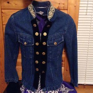 Stunning Vintage Flattering Denim Jacket