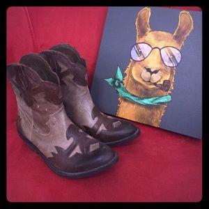 Reba Shoes - 🎉Sale🎉Sale🌸Reba cowgirl boots 7m