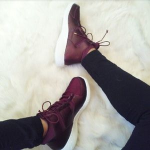 clmayfae Shoes - *LAST1* Burgundy Leather Sneakers