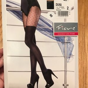 """Fiore golden line """"diuna"""" patterned tights BNWT."""