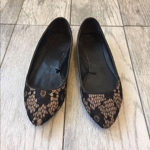 Shoes - Black and Tan flats