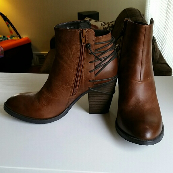 01f3b586451 Steve Madden Raglin Leather Ankle Boots