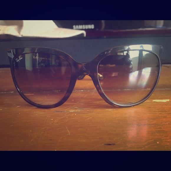 085b5e0a94 RayBan Sunglasses Cats 1000 RB4126 710 51. M 5817b9767f0a05e5d7118028