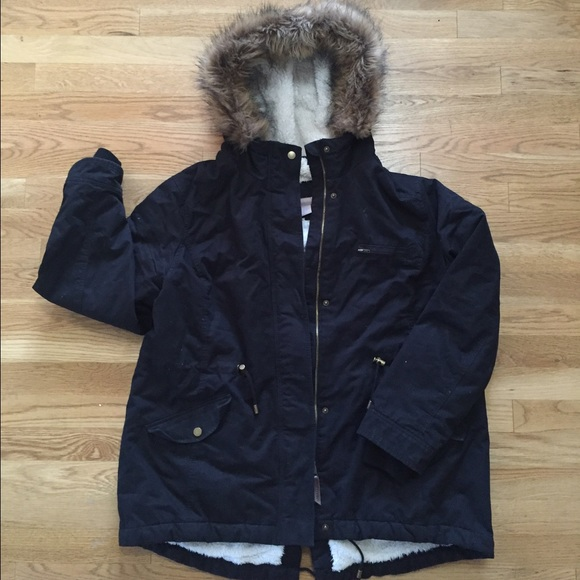 a91f36a09c2 H&M Black Pile-lined Parka Size 16