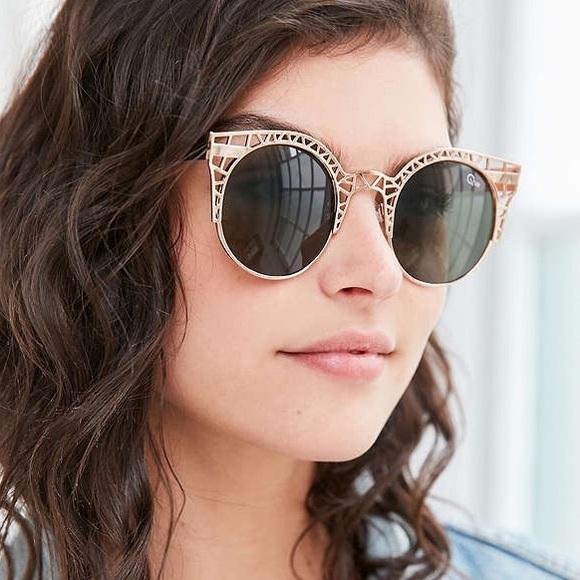 f8ec83575e Quay Fleur Round Cat-eye Sunglasses. M 5817c110f0137d97f211929f