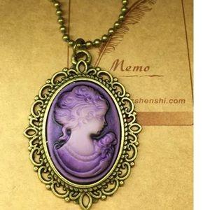 Jewelry - ✅✅Fashion purple Cameo necklace