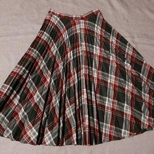 Grey/ burgundy wool Plaid skirt