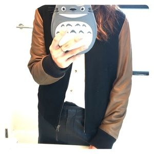 Super gorgeous Maje leather sleeve bomber!
